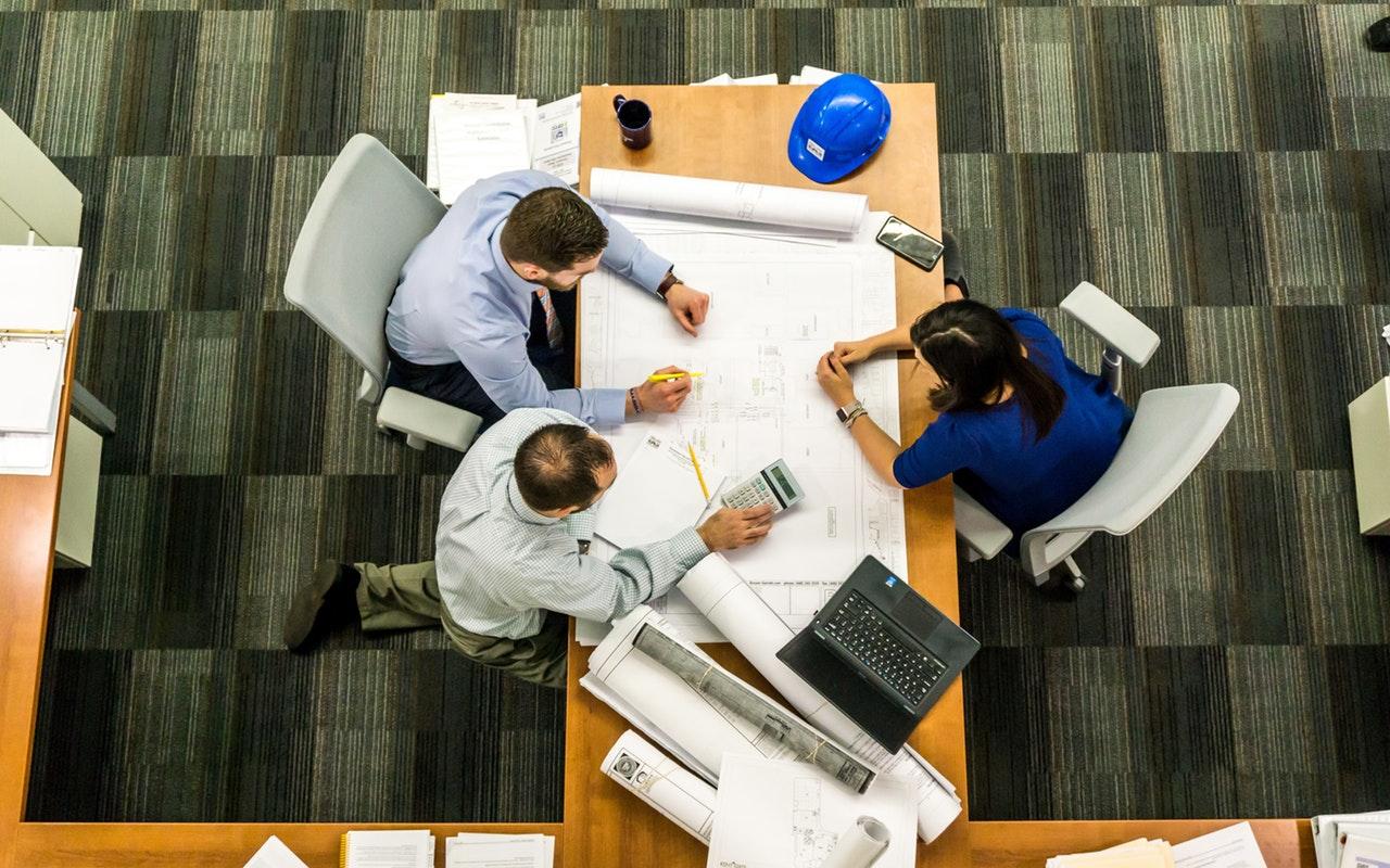 5 tapaa pitää keskusteluyhteys auki potentiaalisiin asiakkaisiin